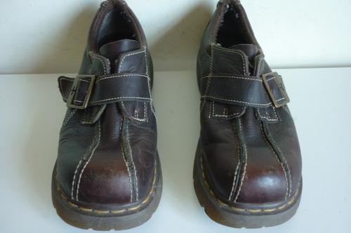 mujer martens zapatos