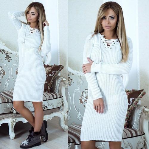 mujer vestido corto casual