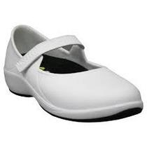 Zapatos Para Enfermeras Y Camareras.