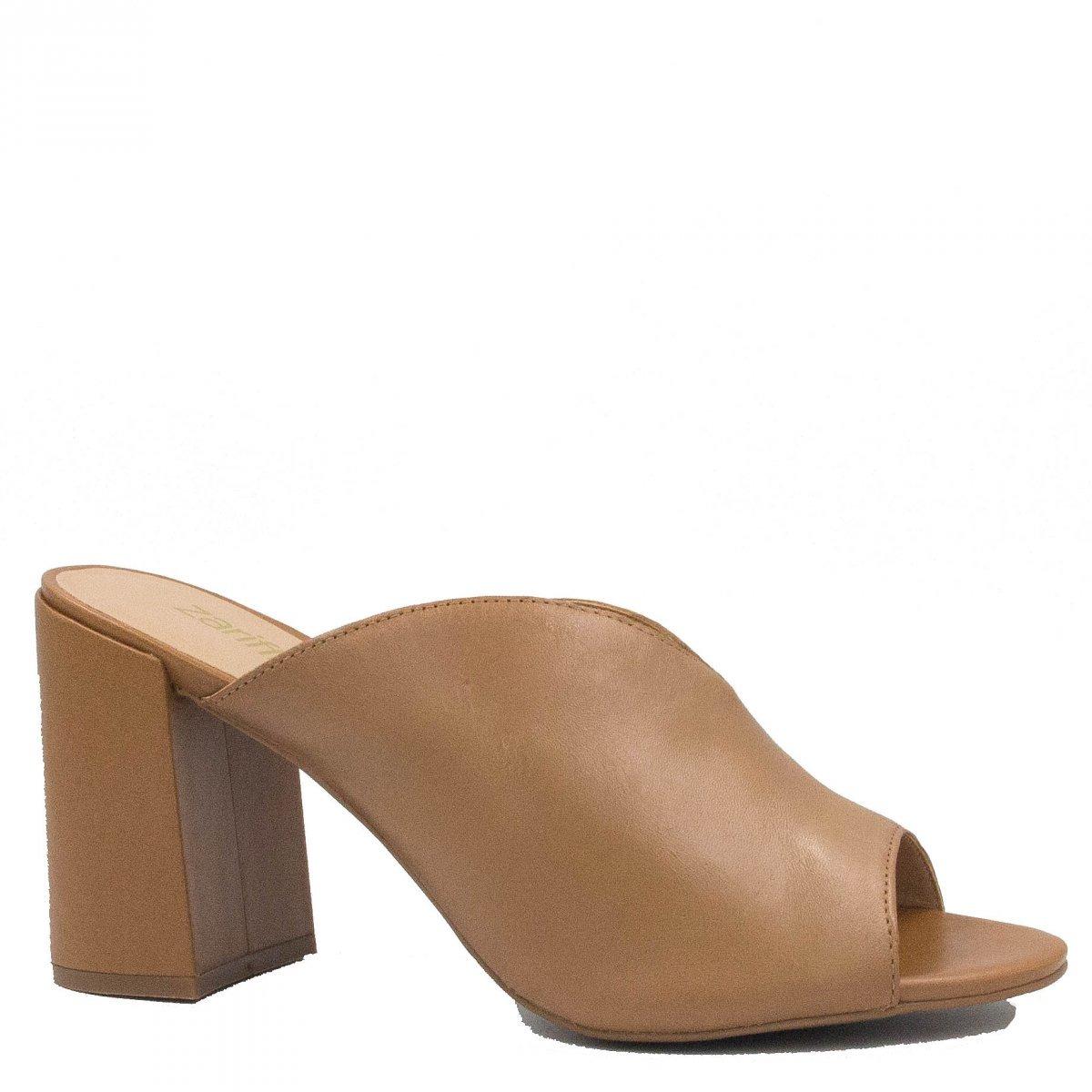 663cbcdf6c mule feminina zariff shoes salto alto em couro marrom 60637. Carregando  zoom.