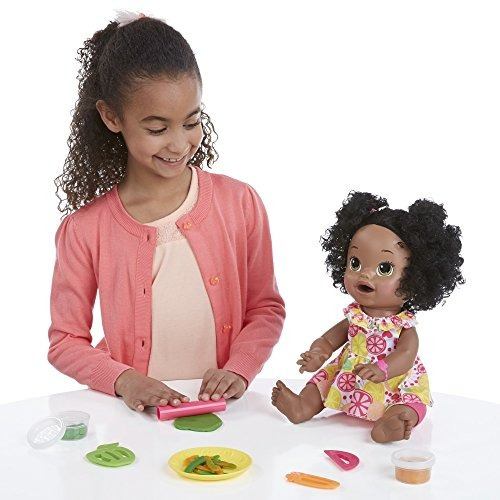 muñeca afroamericana sara baby alive + snacks alimentarla
