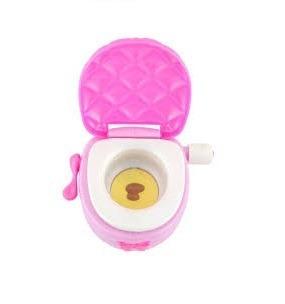 muñeca aprendiendo a ir al baño little mommy