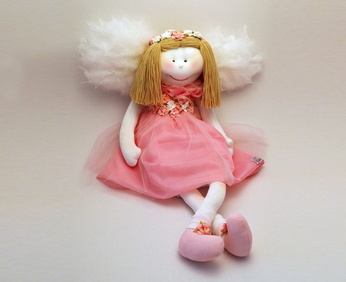 muñeca artesanal de tela  angel tipo pepona  con vestido