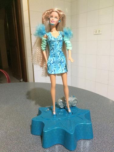 muñeca barbie cantante