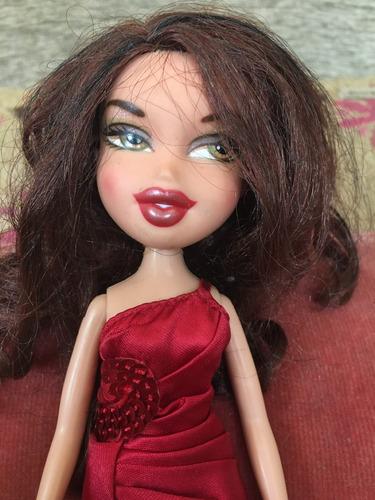 muñeca bratz divina usada