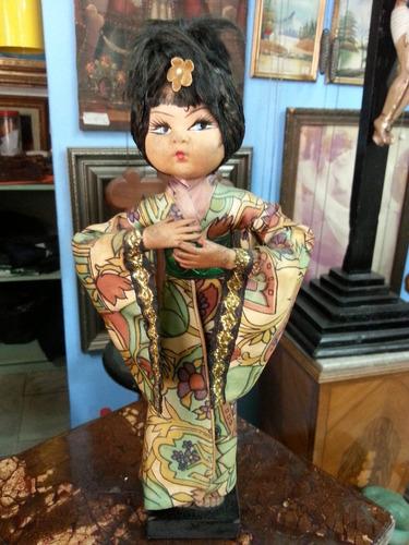 muñeca de colección antigua japonesa caucho y tela años 40