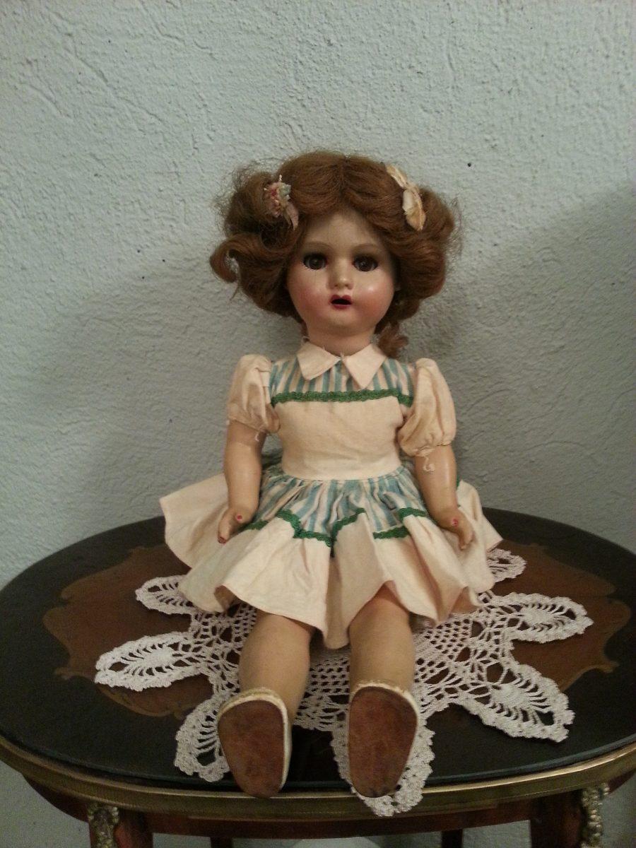 Abuela de rojo - 1 5