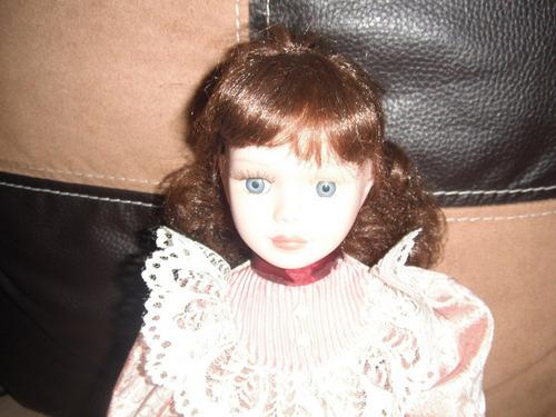 muñeca de porcelana victorean grace ..barbie monster high