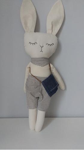 muñeca de tela bailarina con tutu  gata de apego conejo