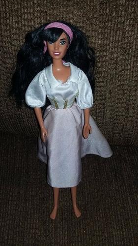 muñeca disney esmeralda del jorobado  suelta buen estado