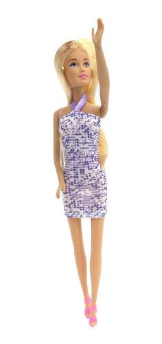muñeca kiara con vestido fashion articulada 28cm alto poppi