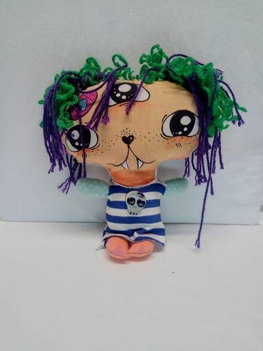 muñeca monstruita luchy