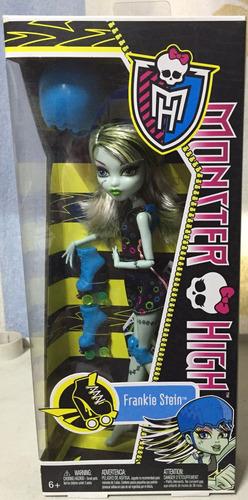 muñeca moster high