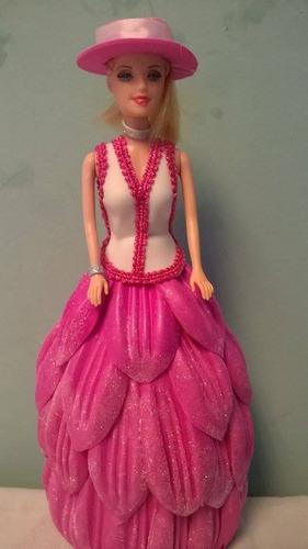 muñeca para centro de mesa para fiesta/ vestida con gomaeva