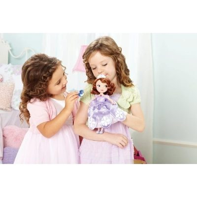 Mu eca princesa sofia y amigos juguete que habla de mattel for Espejo que habla juguete