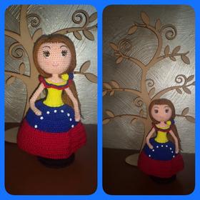 Muñeca Tejida En Crochet Con Técnica De Amigurumi