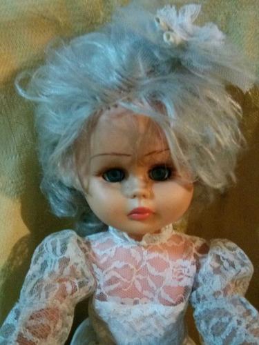 muñeca usada novia