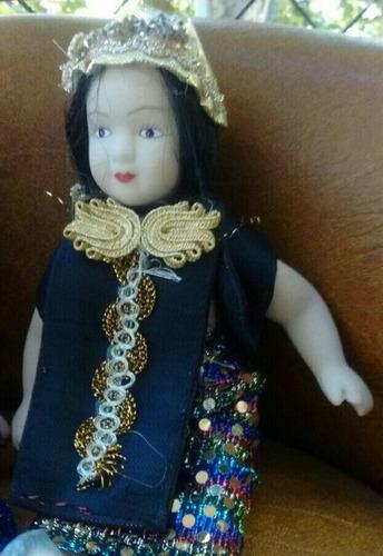 muñecas de porcelana. colección del mundo. lote x 7.