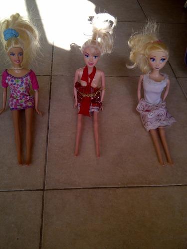 muñecas rubias moviles