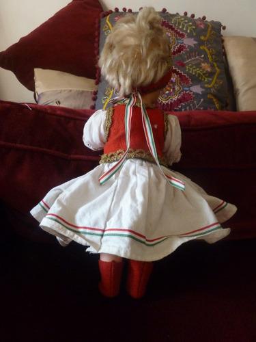 muñecas típicas húngaras