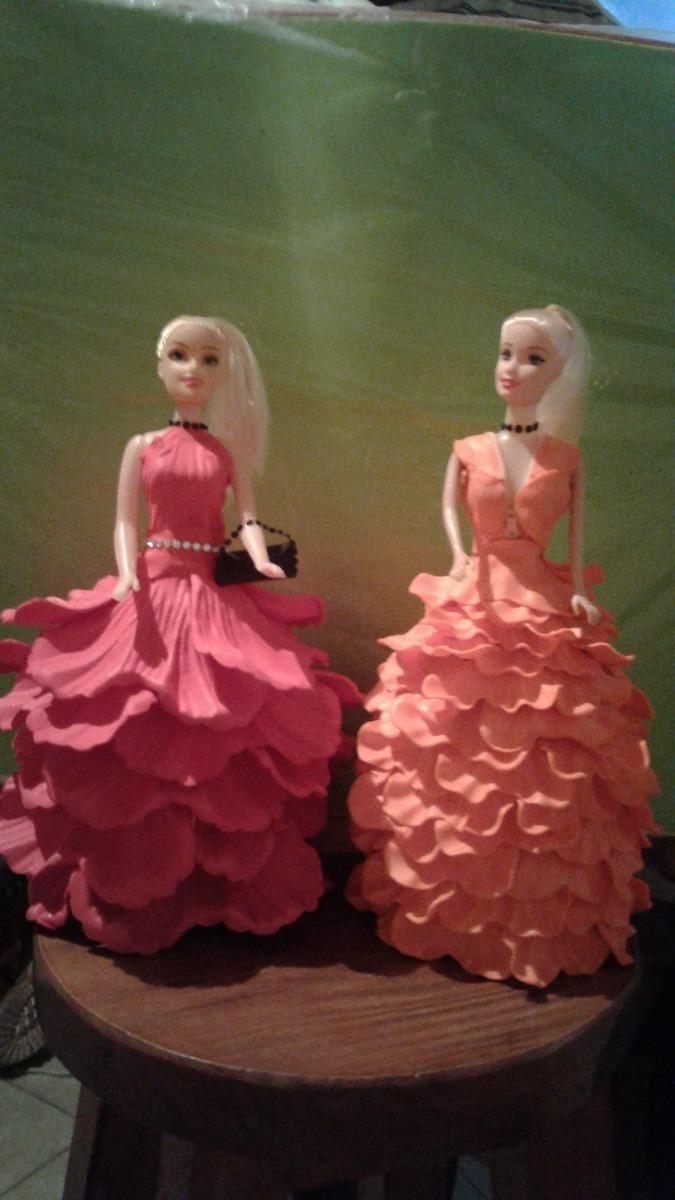 fbdc50fbe89 muñecas vestida de goma eva. Cargando zoom.