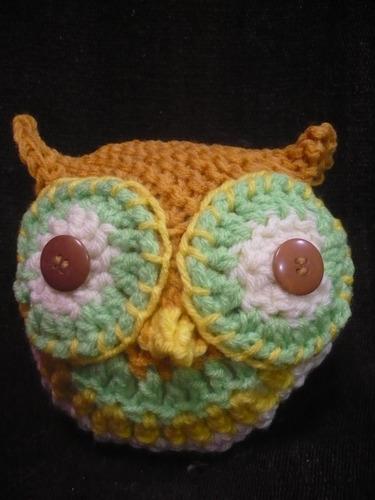 muñeco amigurumi mini lechuza buho tejido a crochet souvenir