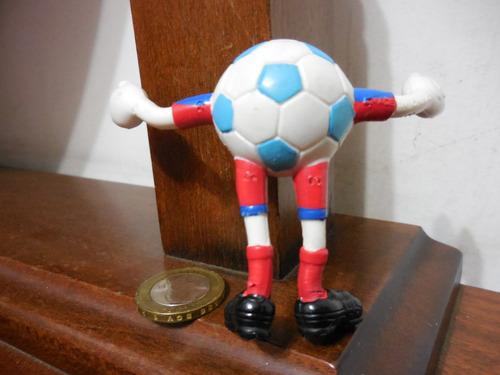 muñeco  balon de futbol