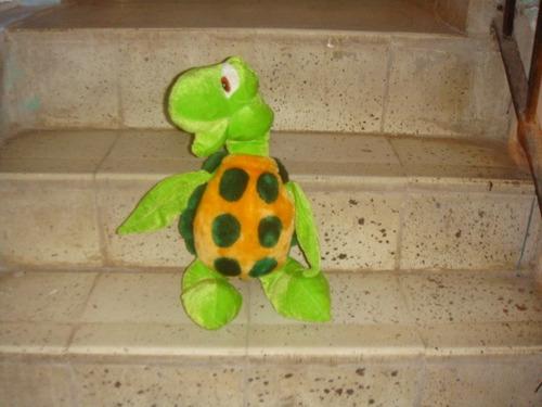 muñeco de peluche de la tortuga buscando a nemo (nuevo)