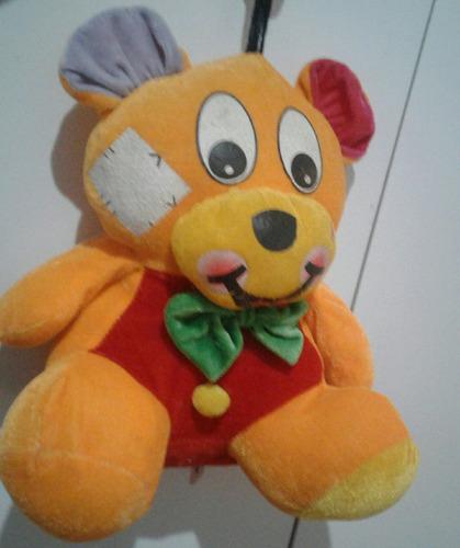 muñeco de peluche oso