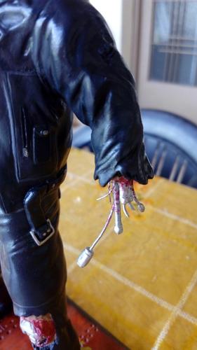 muñeco figura terminator masilla epoxi artesanal a pedido
