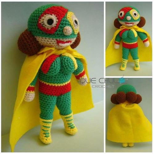 muñeco tejido tipo mama lucha