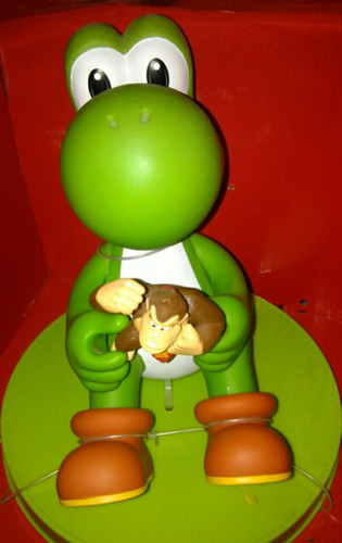 muñeco yoshi de mario bros