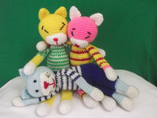 muñecos tejidos a mano, para bebe el regalo ideal.