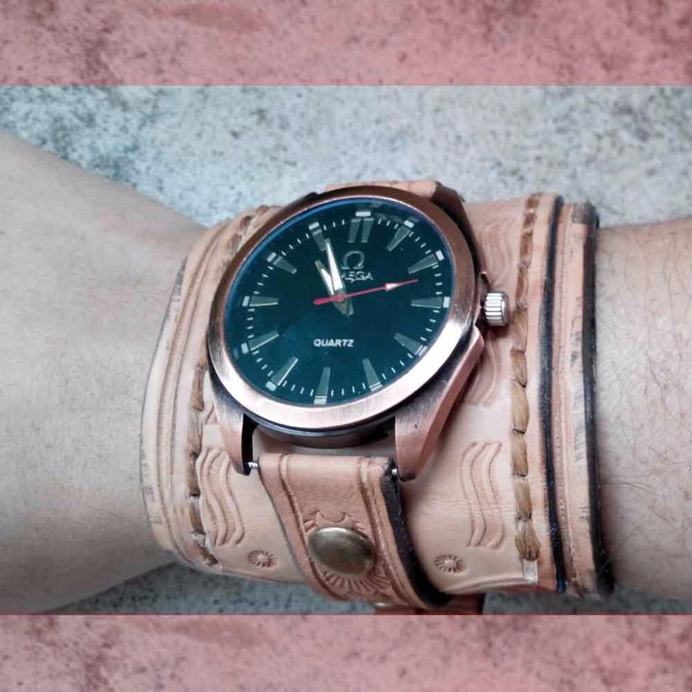 b98b8a764d00 Muñequera Brazalete Pulsera De Cuero Con Reloj Rustico -   750