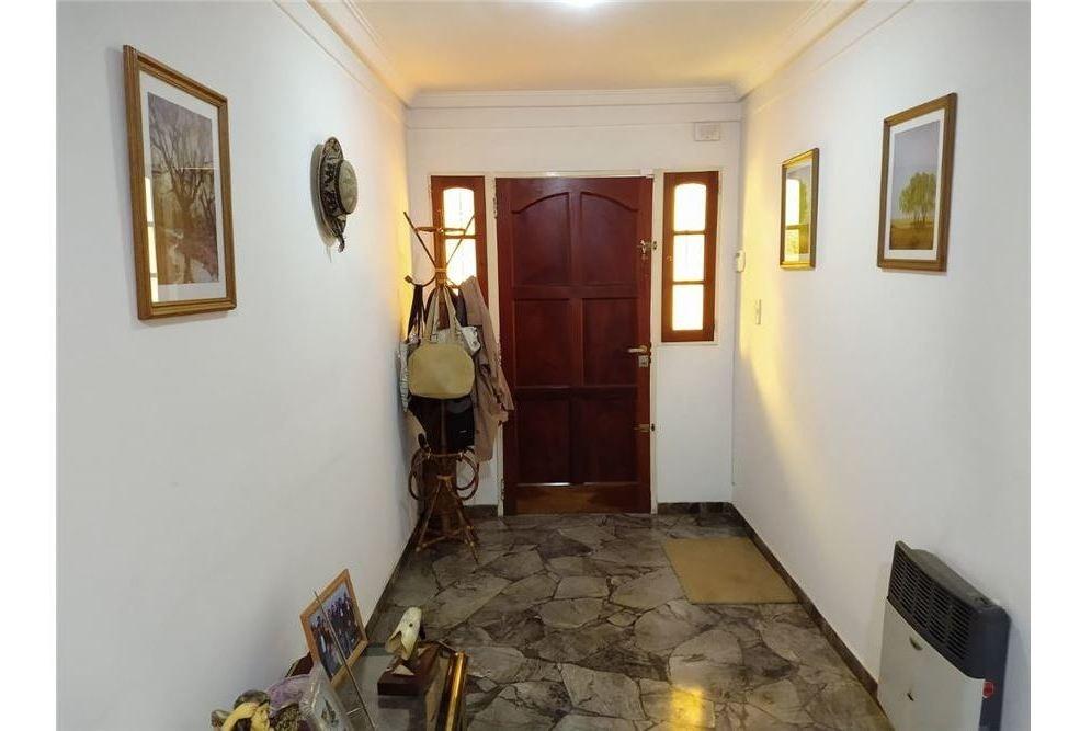 muñiz venta casa  5 amb + terreno libre - rmi