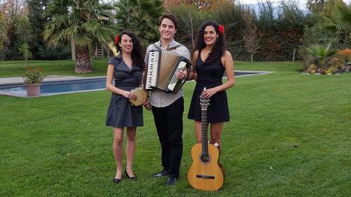 musica a domicilio / vals / boleros / folclor chileno