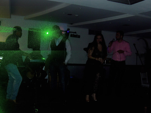 musica en vivo, hora loca, sonido, display, grupo musical
