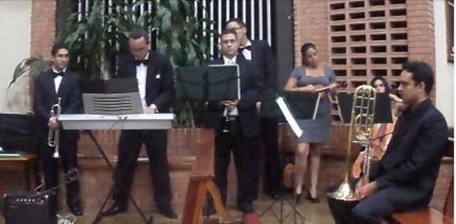 música para bodas,15 años(marcha nupcial, ave maría, valses)