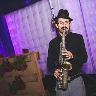 músico saxofonista para eventos de todo tipo