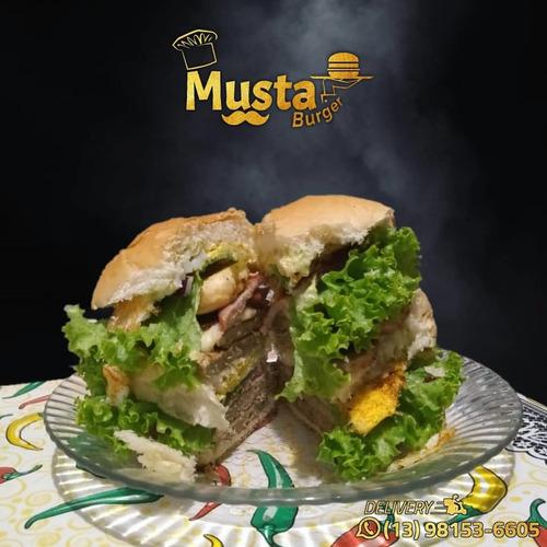 musta everest