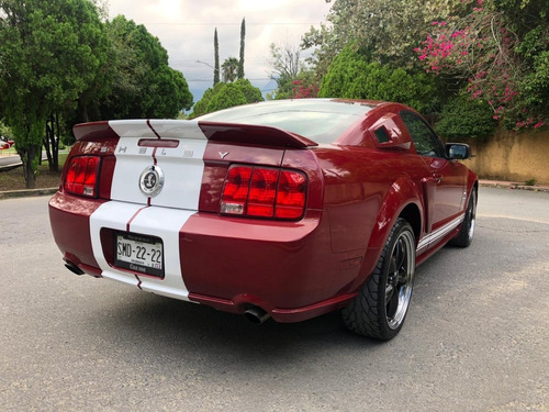 mustang 2005 gt  conv shelby pro charged