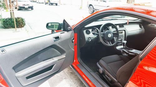 mustang 2011 v6 unico dueño de cochera factura agencia