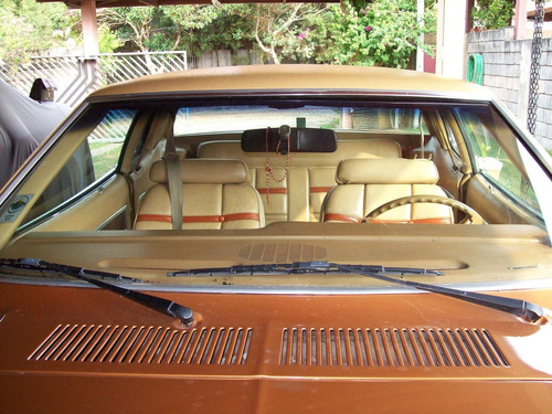 mustang ghia 2 portas automatico na cor marron