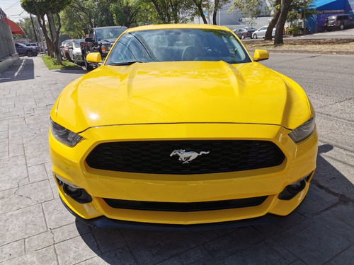 mustang v6 impecable 2016