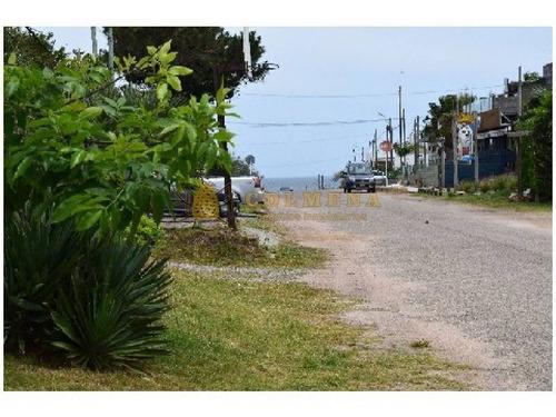 muy agradable casa en manantiales a metros de la playa - ref: 727