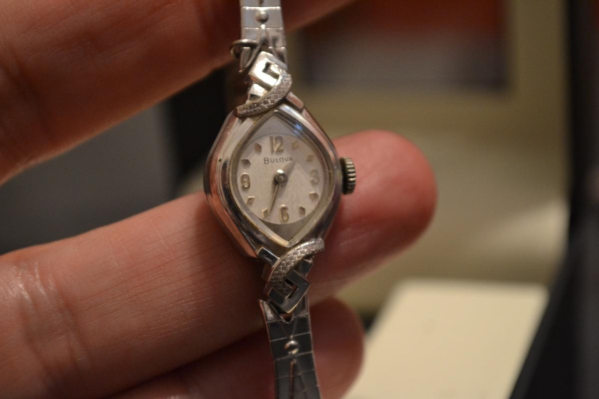muy antiguo e impecable reloj bulova dama oro blanco 14k