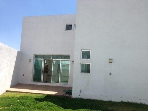 muy bonita casa en venta en el refugio