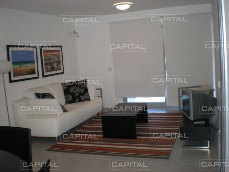 muy buen apartamento de 2 dormitorios en playa brava, punta del este!-ref:26822