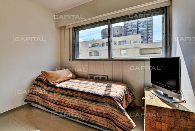 muy buen apartamento de 3 dormitorios reciclado en península - ref: 27191