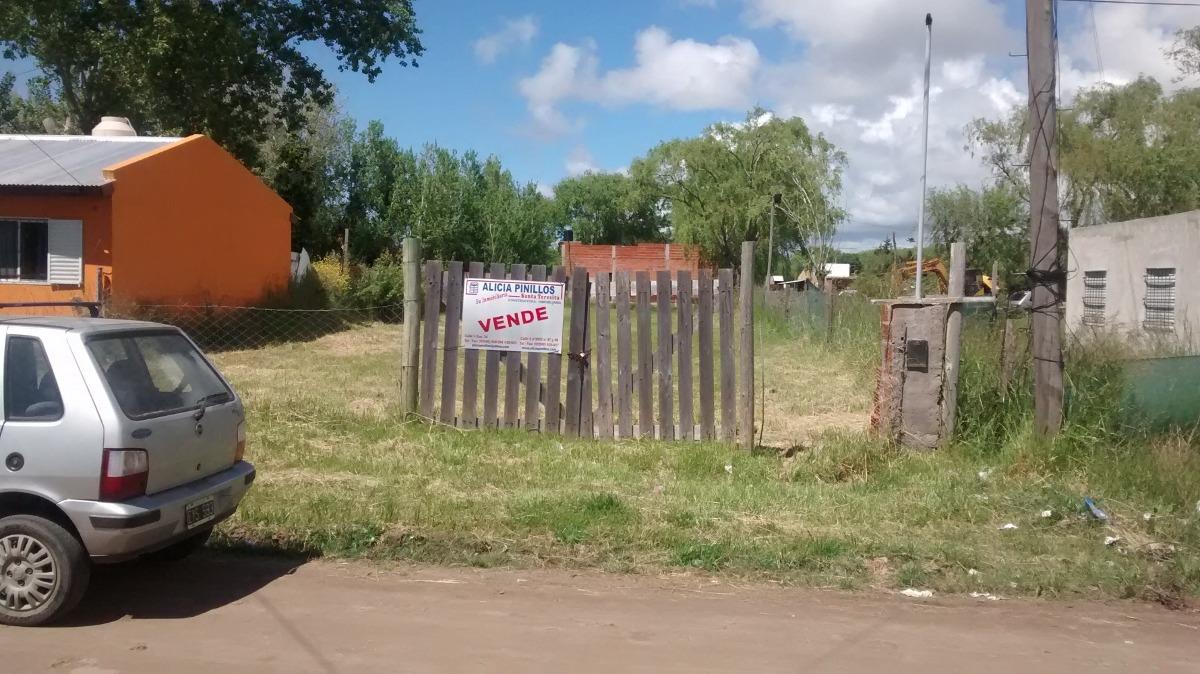 muy buen lote en zona de viviendas permanentes